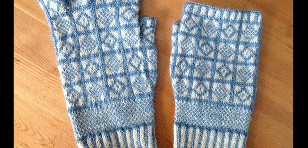 Fingerless Glove (left), Fingerless Mitt (right) in 'Duke' Pattern. Designer/Knitter: Beth Brown-Reinsel Yarn: Upton Yarn Cotswold × Romney Fingering weight, 105 yards/25 grams, 13 sts/inch. (Photo: Beth Brown-Reinsel)